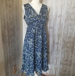 Eddie Bauer Size Medium Summer Dress Nice P